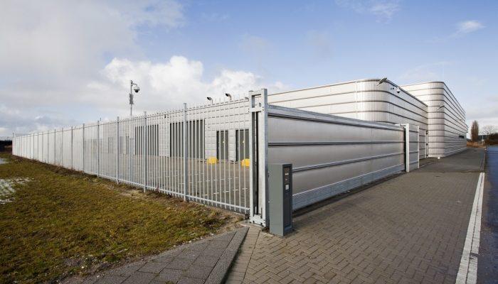 still white gate commercial use